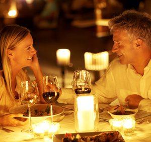 Frau darf Mann zum Essen einladen | Knigge-Reich